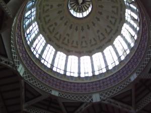 Die Hauptkuppel des Mercado Central